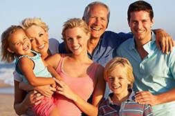 Гельмифлор показан к применению взрослым и детям.